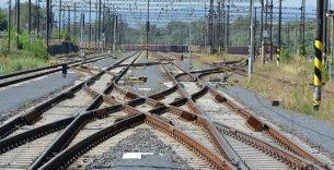 Trať Ústí nad Labem - Chomutov - železniční svršek v žst. Třebušice